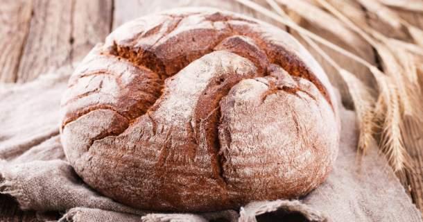 Domáci 24 hodinový chlieb (aj pre celiatikov)