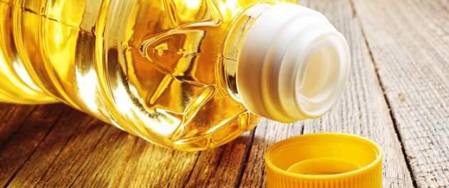 Olej vo fľaši