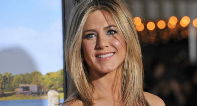 jennifer_anniston_16-11-2015