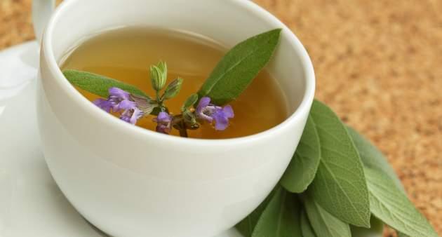Šalviový čaj