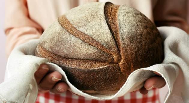 Príprava domáceho chleba s kváskom
