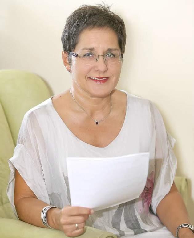 Pani prof. Gdovinová