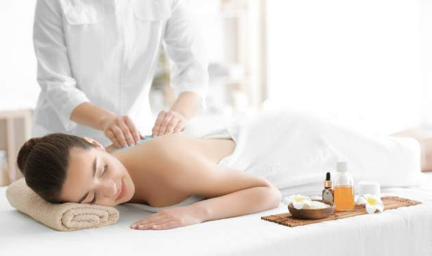 Masáž proti bolestiam chrbtice