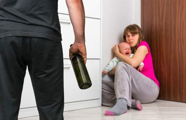 Domáce násilie - skutočné príbehy žien