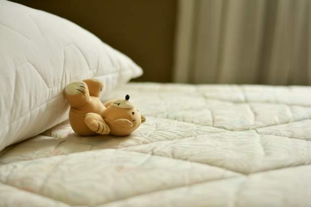postel a matrac
