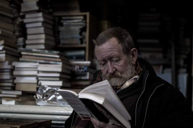 Aké svetlo je pre večerné čítanie najlepšie?