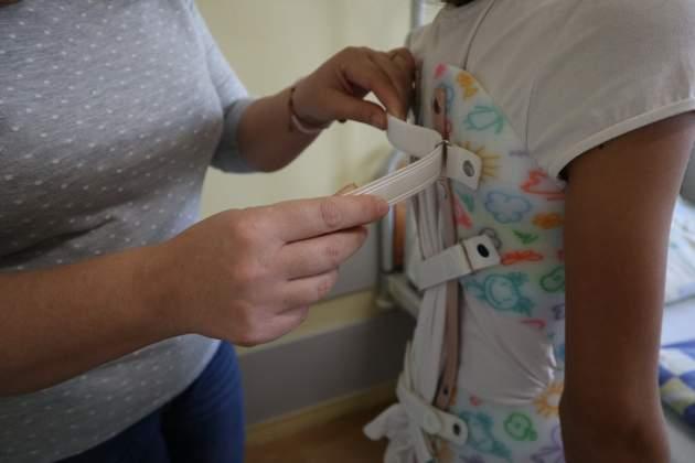 dieťa po operácii chrbtice