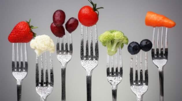 Ovocie a zelenina na vidličkách