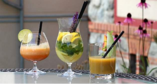Tri nápoje