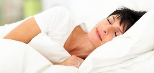 Spiaca žena v posteli