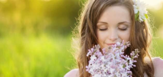 Žena a kvety na jar