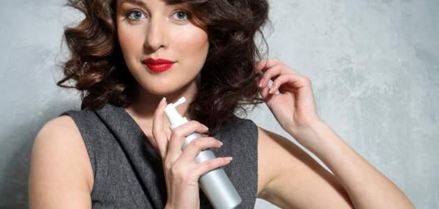 Suchý šampón na vlasy: najrýchlejšia záchrana účesu