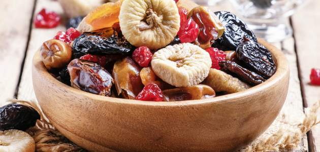 Hoci má sušené ovocie viac kalórií, v obsahu vlákniny vyniká