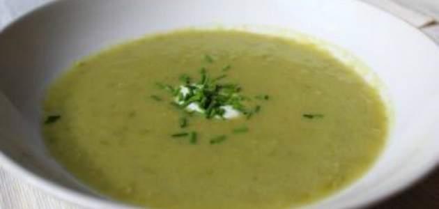 Hrášková polievka s feniklom