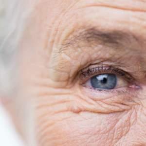 Laserová operácia očí vo vyššom veku  je bezpečná  fe945a7e802