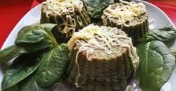 Špenátové muffiny s dvomi druhmi syra
