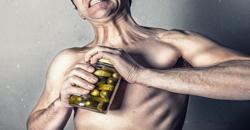 Ako spoznáte muža, ktorému chýba testosterón? Jednoducho!