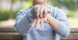 Pomoc pri kožných ochoreniach - sérum z olejov a morskej soli