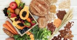 Chcete jesť aj v neskorších večerných hodinách? Naučte sa správne nahrádzať potraviny