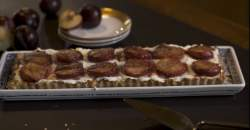 Videorecept: smotanovo-slivkový koláč