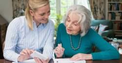 Pomoc seniorom nielen z úcty, ale aj pre radosť