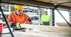 Maximálna bezpečnosť v práci vďaka kvalitným pracovným odevom