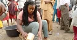 """Hviezda seriálu """"Orange Is the New Black"""" Uzo Aduba – Rola, ktorá sa jej môže stať životne dôležitou!"""