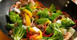 Zeleninovo-mäsová zmes na opečené bagetky