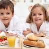 Žiadny vtip: Ak vaše dieťa neraňajkuje, bude obézne!