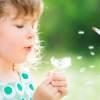 Strašiak alergikov - peľ tráv, im poriadne sťaží život