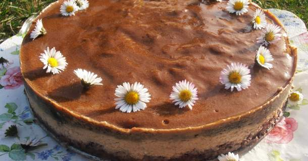 Kávový cheesecake s agarom
