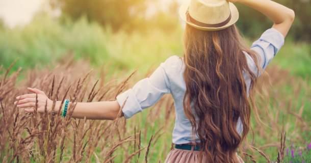 6 spôsobov, ako si nafarbiť vlasy bez chémie