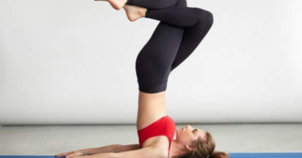 5 spôsobov, ako cvičenie jogy zabraňuje starnutiu