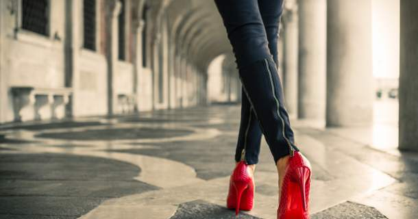 5 príznakov, že nosíte nesprávne topánky