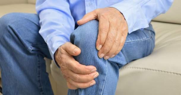 Trpíte osteoartrózou? Takto si môžete zmierniť bolesti