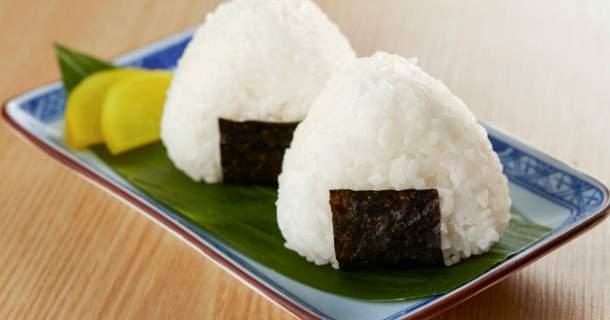 Ryžové guličky (Onigiri)