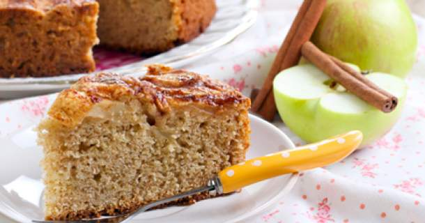 Maškrťte zdravo - celozrnný jablkový koláčik