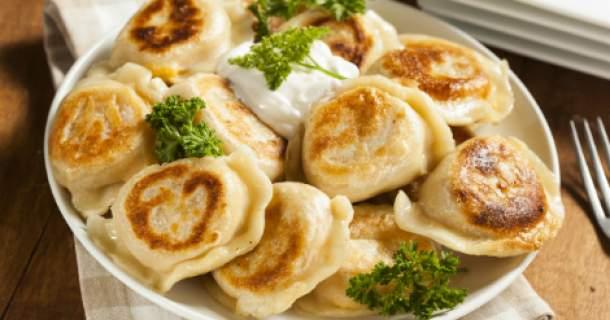Recept týždňa: Chlebové placky s pažítkovým tvarohom