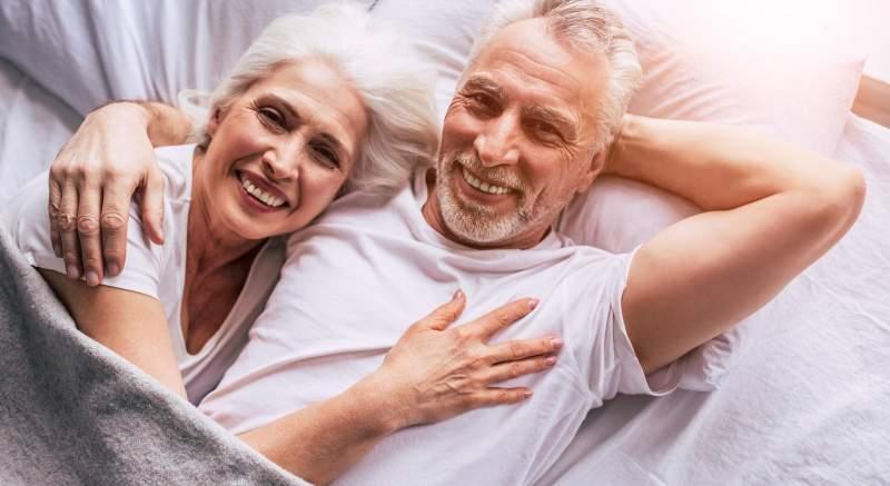 Pohlavne prenosné choroby sa netýkajú len divokých mladých ľudí,  podľa vedcov ohrozujú hlavne ľudí nad 45 rokov!