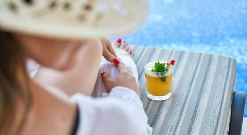 4 tipy, ako piť viac vody a zostať hydratovaný aj počas horúcich letných dní