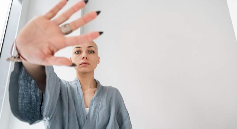 Rakovina prsníka je na Slovensku ročne diagnostikovaná 3000 ženám, z toho až 30 % v pokročilom štádiu. Tretina žien sa z ochorenia nikdy nevylieči